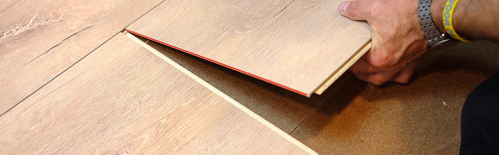 Vloer leggen, vloer montage, laminaat leggen en legservice. Alles in eigen huis